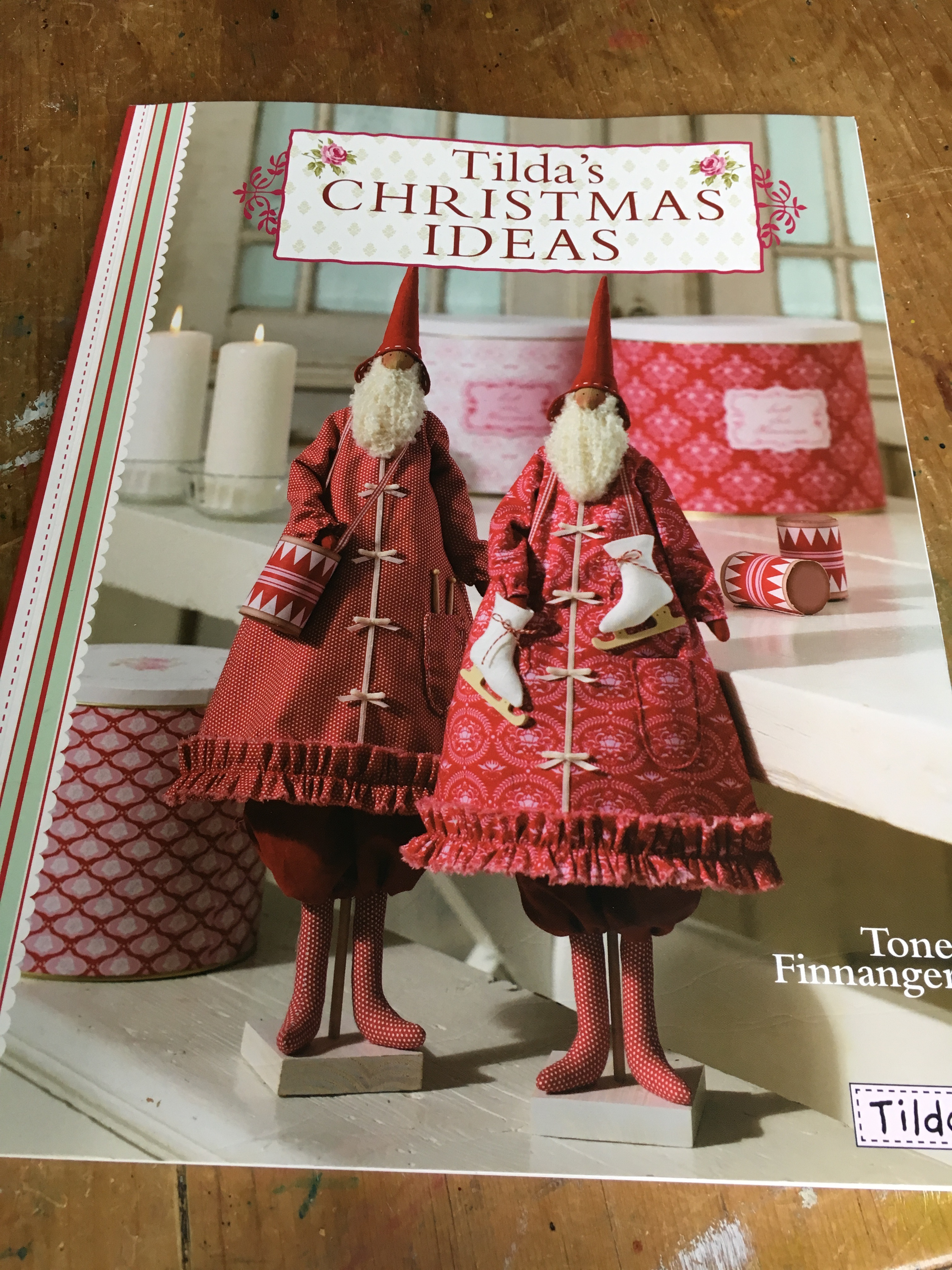 To Help Me With I Work In A Residential Home For Dementia Care And Would Love Some Easy Projects Do As Activities Then Came Across This Book